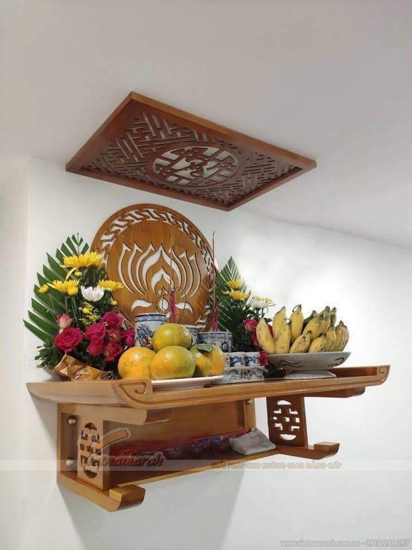Phong tục thắp hương trên bàn thờ gia tiên và bàn thờ Phật